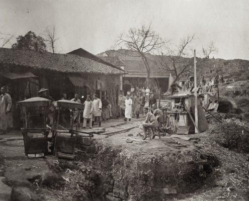 Gasse in Chongqing mit den Sänften von Fritz und Hedwig, 1912-1914